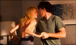 Naomi Watts et James Frecheville dans Perfect Mothers