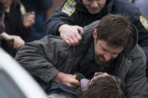 Hugh Jackman s'en prend à Paul Dano dans Prisoners