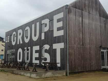 Le bâtiment central du Groupe Ouest à Plounéour-Trez