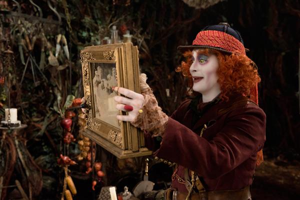 Alice de l'autre côté du miroir de James Bobin